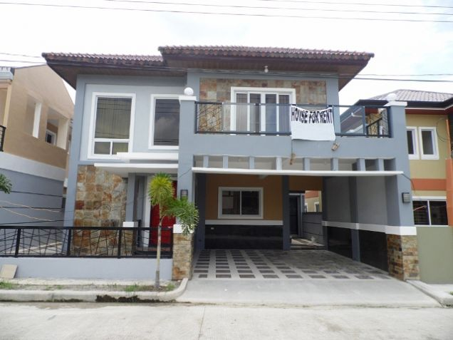 4 Bedroom Fully Furnished House near SM Clark FOR RENT - @P50K - 3