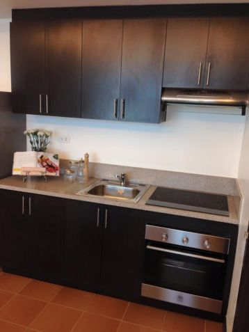 2 Bedrooms Ready For Occupancy Condo in Makati near Ayala at San Lorenzo Place - 4