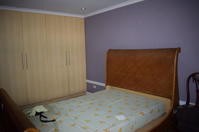 3 bedrooms unfurnished   Townhouse  with Attic for rent - 1