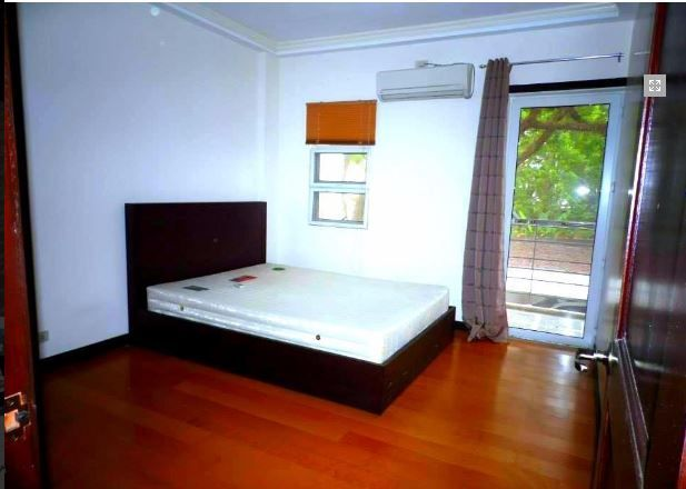 House In Clark Pampanga For Rent With 3 Bedrooms - 2