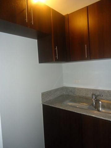 Condo/Apartment in Manhattan Parkway, Quezon City - For Sale (Ref - 23719) - 5