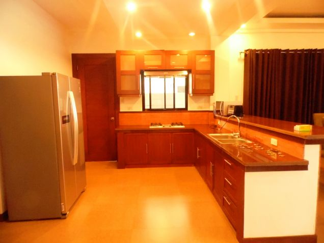 5 Bedroom Furnished House & Lot For Rent In Hensonville,Angeles City .. - 8