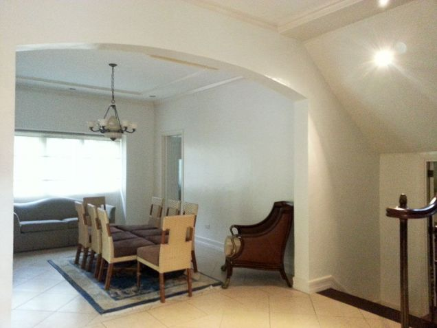 Spacious 4 Bedroom House with Swimming Pool for Rent in Maria Luisa Cebu - 2