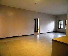 House and lot for rent Near SM Clark @P35K only.. - 5