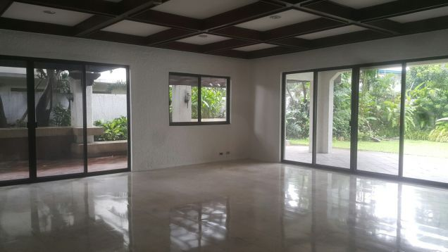 Valle Verde 3 Cozy Secured Family 5 Bedrooms for Rent - 1