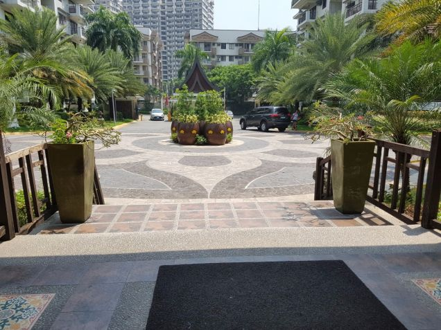 Near The Fort Taguig 2BR condo with parking Royal Palm Residences Acacia Estates - 2