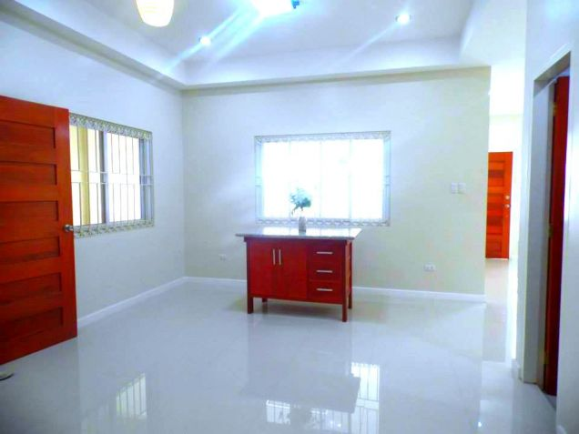 For Rent Bungalow House With Big Yard In Angeles City - 8