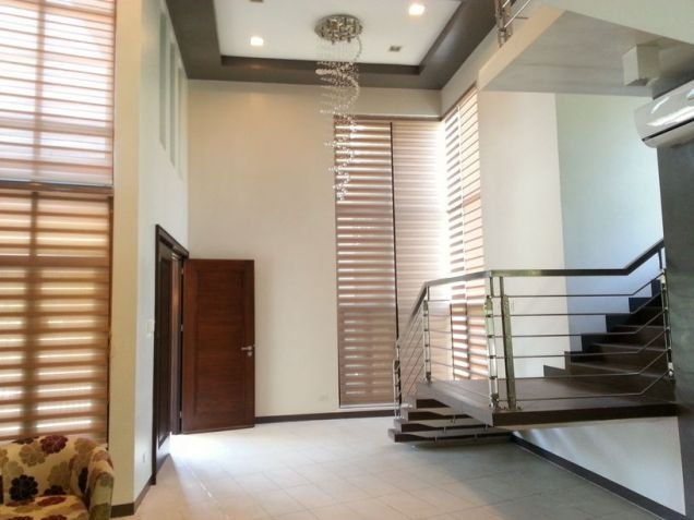 4 Bedroom Spacious House for Rent in Cebu City Banilad - 2