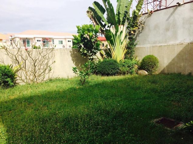 Unfurnished 3 Bedroom House and Lot with Big Yard in Friendship - 7