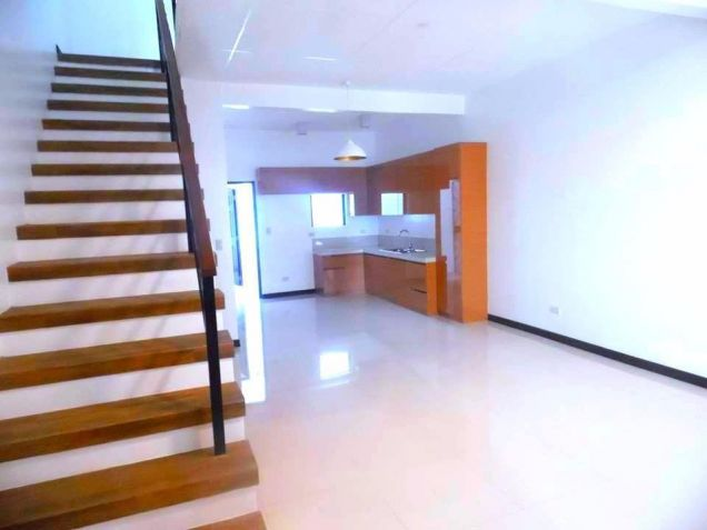 2 Bedroom Townhouse For Rent In Angeles City - 2