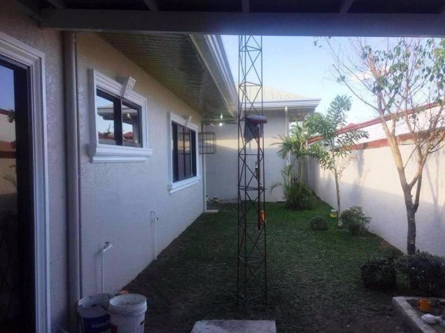 Bungalow House and Lot for rent in Friendship - 50K - 5
