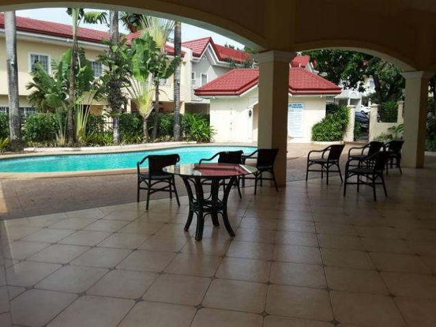 For Rent Three Bedrooms Townhouse in Villa Terrace - 9