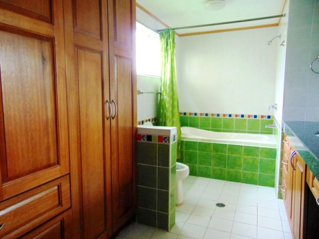 House for Rent with Swimming Pool in Banilad, Cebu City - 1