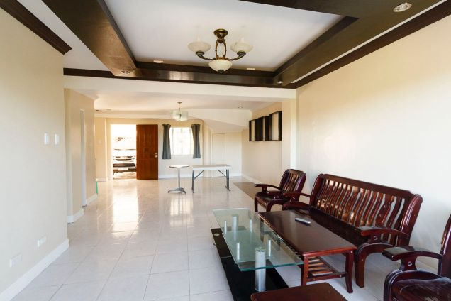 6 Bedroom House for Rent in Banilad Cebu City - 0
