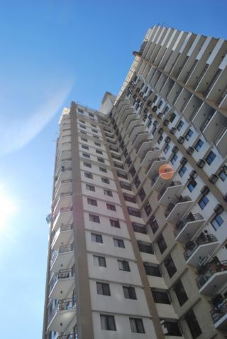 2br For Sale Cypress Towers near Market Market - 4