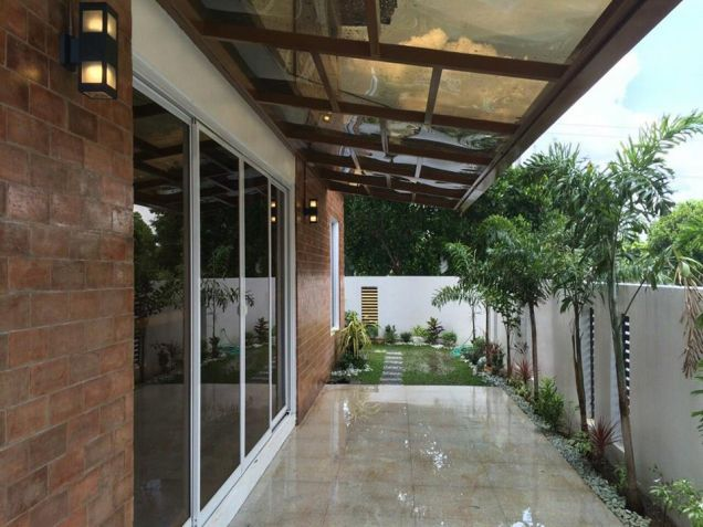 Semi furnished with 3BR house for rent in Telabastagan San Fernando Pampanga - 60K - 6