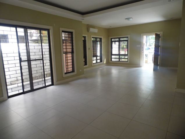 3 Bedrooms Located near koreantown for rent - 45K - 4