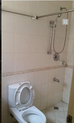 2 Bedroom Town House for rent - Walking Distance to Fields Avenue - 35k - 5