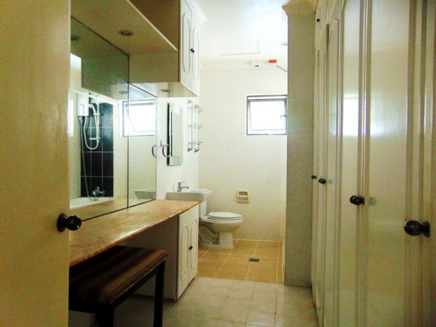 Maria Luisa House for Rent in Banilad, Cebu City 5-Bedrooms and 3 car garage Un-furnished - 2
