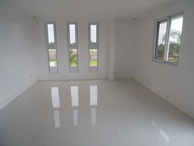 House and Lot for rent with 4Br in Angeles City- 100M - 2