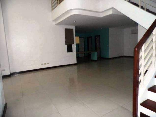 Three (3)Bedroom Townhouse For Rent In Angeles City For P30k - 5