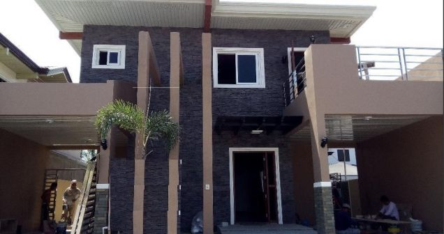 Modern House with 4 Bedroom for rent - Near SM Clark - 72k - 0