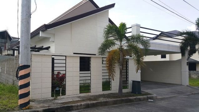 3 bedrooms for rent near SM Clark - P 35K - 4