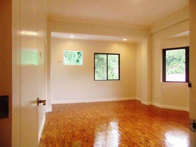 Banilad House for Rent 6 Bedrooms Un-furnished - 6