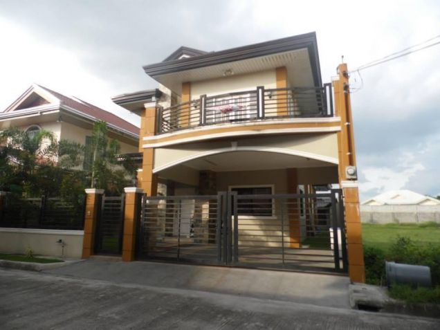 3 Bedroom House With Pool In Angeles City For Rent - 1
