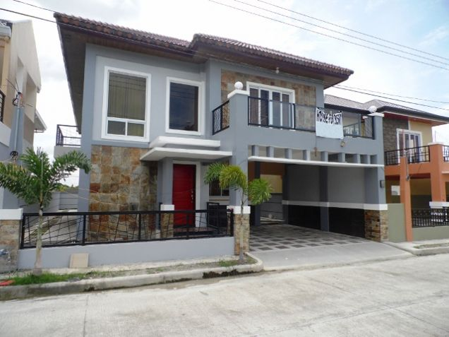 4 Bedroom Fully Furnished House near SM Clark FOR RENT - @P50K - 0