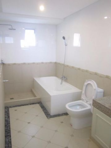 Luxury 4 Bedroom Town House For Rent In Friendship Angeles City Near CLARK - 1