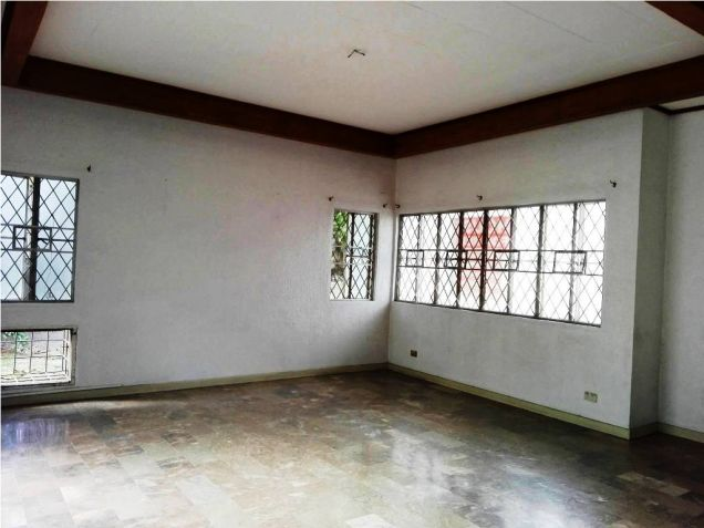 500sqm Bungalow House & Lot For Rent Along Friendship Hiway In Angeles City - 7