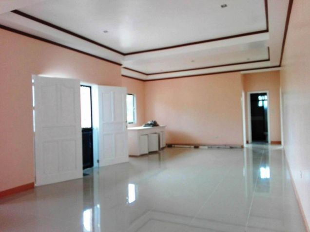 3 Bedroom Bungalow House With Garden For Rent In Angeles City - 3