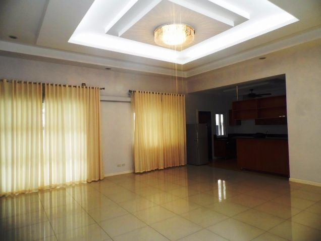 3 Bedroom Furnished Bungalow House and Lot with Pool for Rent - 7