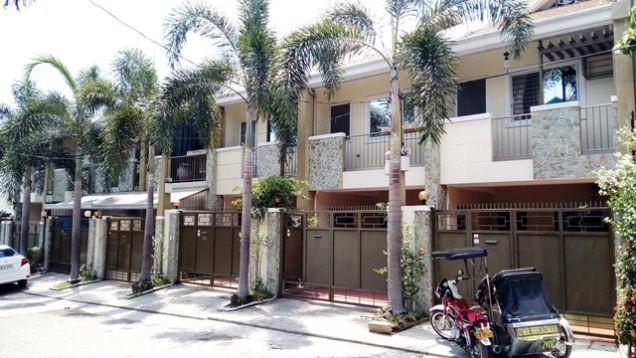 3 Bedroom Town House for rent near Fields Avenue @35K - 0