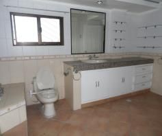 House with 4 Bedrooom in Balibago for rent - 50K - 4