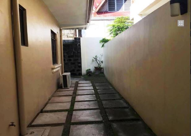 Bungalow House & Lot for RENT in Hensonville Angeles City - 5
