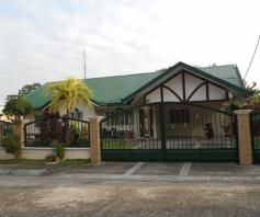 w/Huge yard House & Lot for RENT in Friendship Angeles City - 0