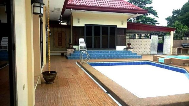 Bungalow House with Swimming pool for rent in Friendship - 65K - 0