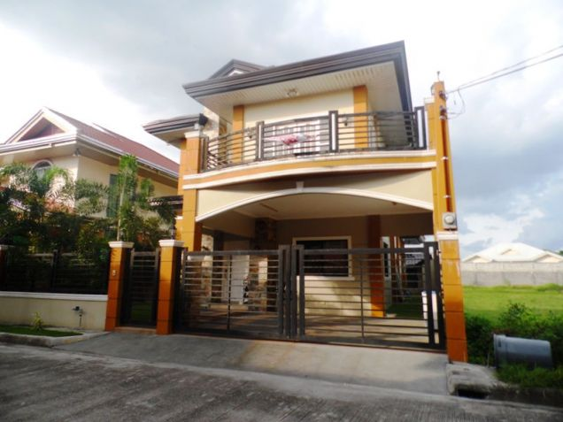 2 Storey House and Lot for Rent in Brgy. Amsic Hensonville  Angeles City - 2