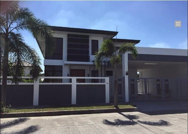 Furnished House with Swimming pool for rent in Hensonville - 4