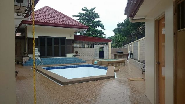 4BR with Private pool for rent in Angeles City - 65K - 9