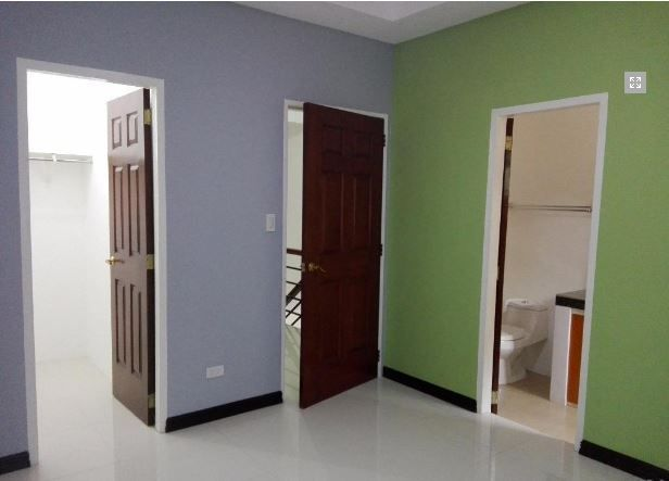 Townhouse For Rent With 2 Bedrooms In Angeles City - 7
