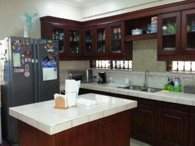 Modern 3 Bedroom House for Rent in Cebu City Banilad - 1