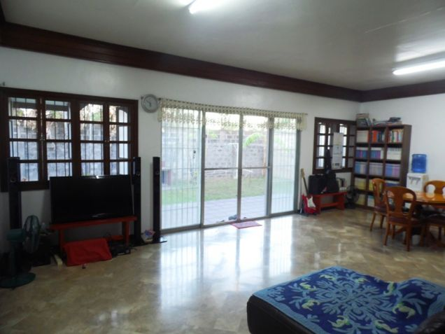 Bungalow Type House and Lot for Rent in Cut-cut  Angeles City - 9