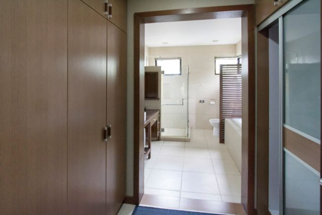 4 Bedroom House for Rent in Maria Luisa Park - 1