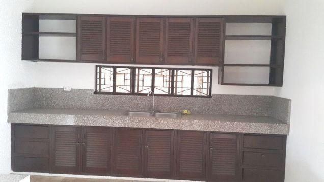 4 Bedroom Spacious Corner Bungalow House in Balibago - 3