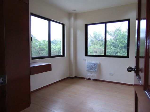 House, 4 Bedrooms , Newly Built for Rent in Talamban, Cebu City - 1