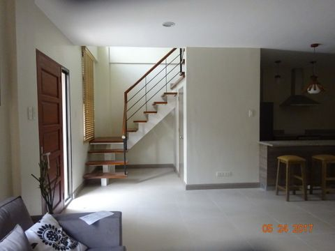 Banawa 3 Bedroom House For Rent - 2