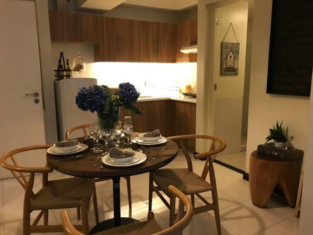 Cheap 1 bedroom Resort type Condominium near LRT SM North Nlex - 8